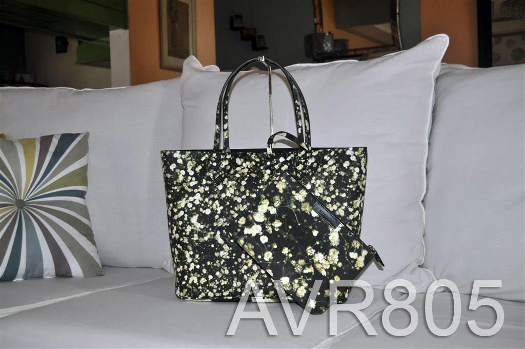 0c8ab4bacb Givenchy Antigona Shopper Tote Small Black Baby's Breath Floral Print Brand  New – Porto Di Moda Designer's Haven