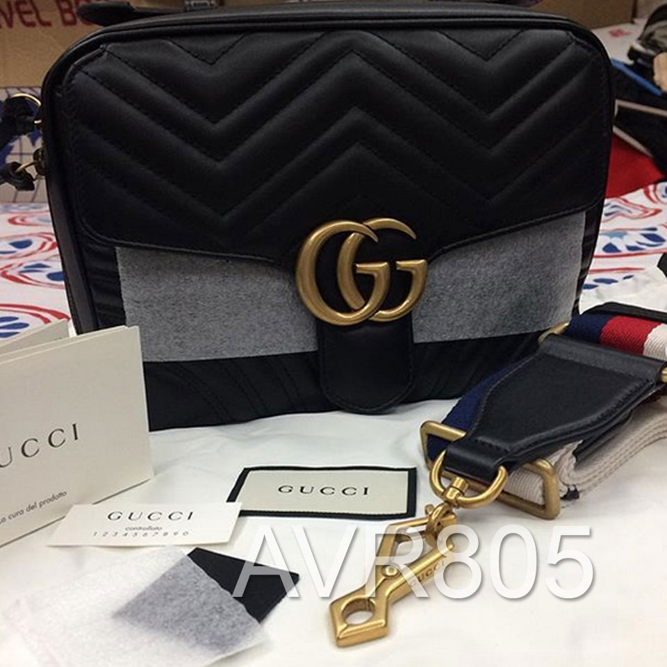 28ee8895ea77 Gucci GG Marmont Small Matelasse Camera Shoulder Bag Black Brand New With  Tags